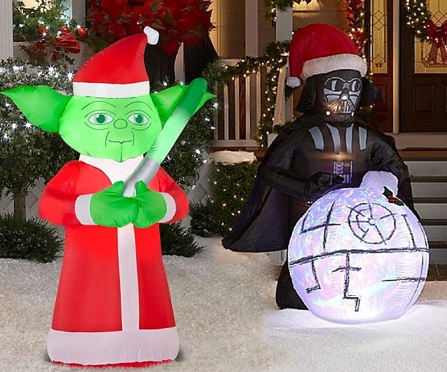 star-wars-inflatable-christmas-decorations-640x533