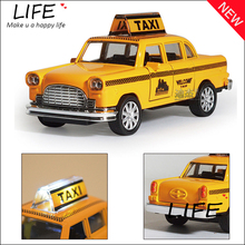 Hot Sale Minecraft Taxi Alloy Car Model For Kids Toys Wholesale Diecast Toy Car Hot Wheels 1:32 Christmas Gift(China)