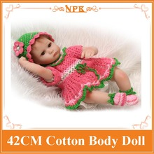 42cm 17 Inch Realistic New Born Baby Doll With Kitting Sweater Baby Bonecas Doll Clothes The Alive Baby Doll Best Girls toys