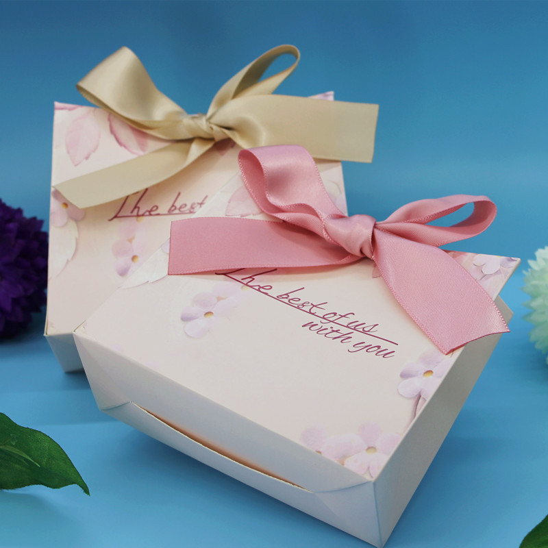 New Green Pink Gift Bags Wedding Favors and Gifts Box Party Paper Candy Box For Wedding Decoration Baby Shower Supplies -