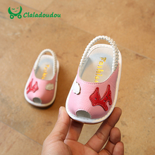 Claladoudou 11-13CM Toddler Sandals Genuine Leather Baby Girls Make Sound Close Toe Sandals Anti-slip Infant White First Walkers