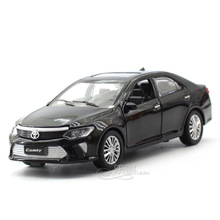Camry 1:32 car model Toy allloy diecast pull back sound light wholesale boy gift Collection Toyota base small car