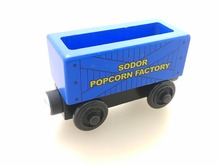 RARE NEW Thomas And Friends Wooden Magnetic Railway Model Train Engine Track Boy / Kids Toy POPCORN CAR(China)