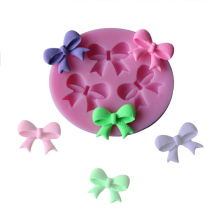 Cake Tool 3-Hole Bow Bowknot Design Modeling Cake Decoration Fondant Chocolate Pudding Silicone Mold Wholesale Useful