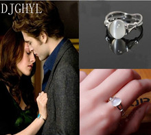 Free Shipping Vampire Twilight Jewelry Bella Engagement Wedding Ring Moonstone Ring for Valentine's Day