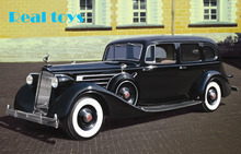 New Arrivial! ICM model 35535 1/35 Packard Twelve (Model 1936), WWII Soviet Leader's Car with Passengers plastic model kit