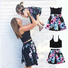 Family Matching Clothes New Arrival Fashion Europe Style Parents and Children Clothes Black Lace Design Mother Daughter Dresses