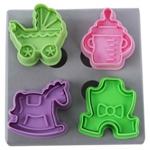 4Pcs/Set Animal Car Cloth Shape Plastic Fondant Cake Mold Biscuit Cookie Plunger Cutters Sugarcraft Decor DIY Tools Kitchen