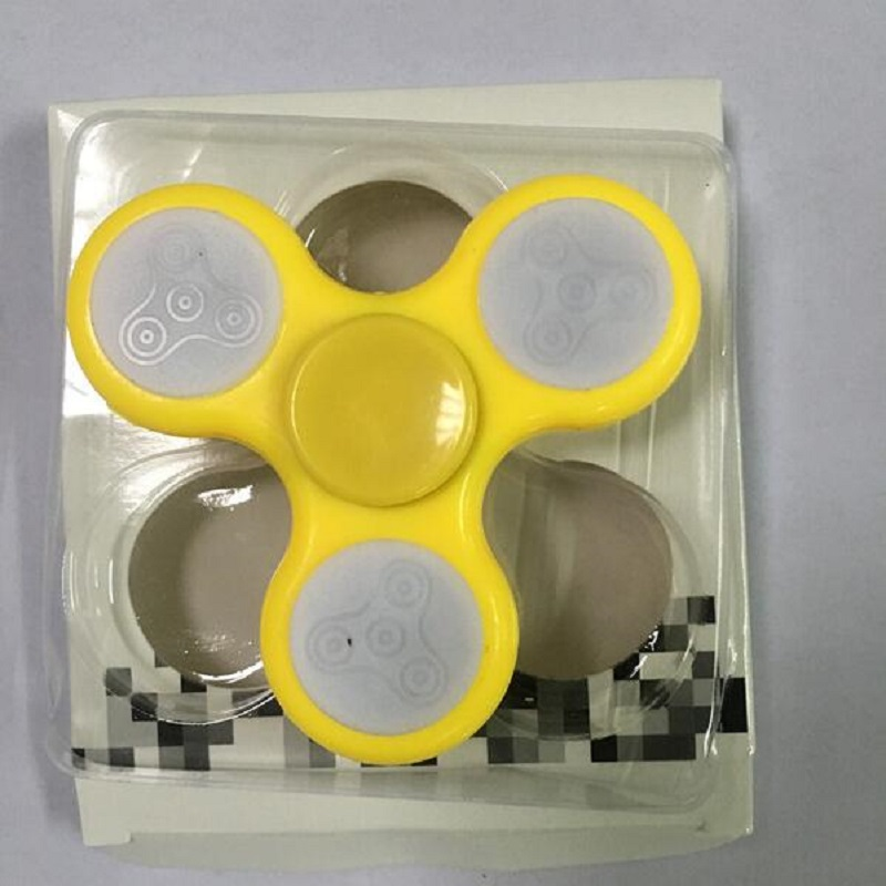 2017 New LED Light Fidget Spinner Finger Plastic EDC Hand Spinner For Autism and ADHD Relief Focus Anxiety Stress Wheel Toys