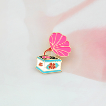 Cartoon Enamel phonograph Brooch Pin buckle Coat Shirt Denim jacket Bag Pin Badge Vintage Jewelry Gift for Girl Boy Kids(China)