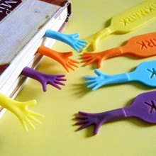 4pcs/lot Creative Help Me Bookmark Funny Books Mark Novelty page holder Stationery Office school supplies Gift
