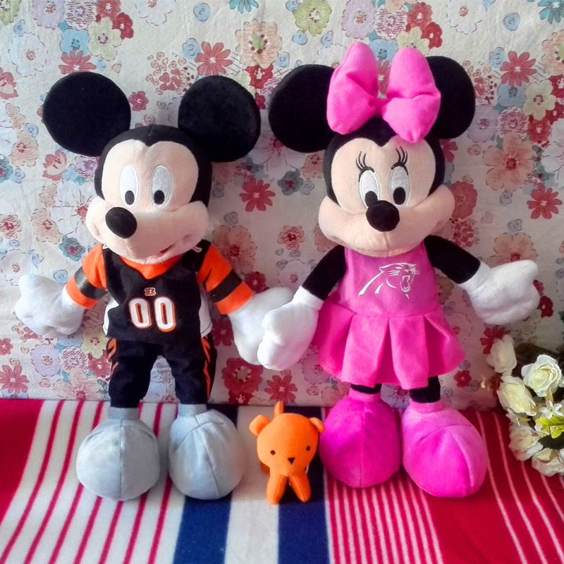 2pieces Sports Mickey Mouse &Minine Mouse 40cm Plush Stuffed Toy Dolls Gifts Birthday gifts(China (Mainland))