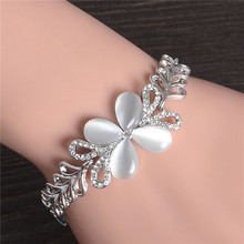 H:HYDE Hot Silver Color Cute Butterfly Austrian Crystal Beautiful Womens Bracelet Jewelry Fashion Gift Nice Shipping