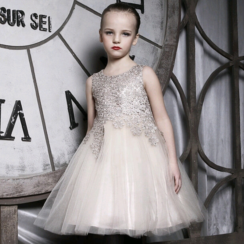 Hot Sale Shiny Golden Silk Childrens Girls Dress Sleeveless Princess Dress with Tail Sequined Childrens Girls Clothes<br>