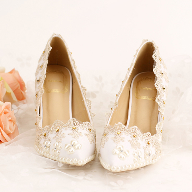2017 Pointed Toe Diamond Bridal Shoes Women High-heeled With Lace Pearls Thin Heel White Wedding Dress Shoes Bridesmaid<br><br>Aliexpress