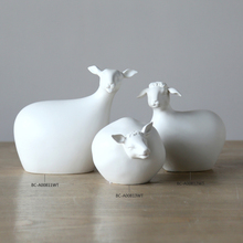 Funny Animal Statue Goat Shape Ceramic Figurine Table Decoration Porcelain Crafts for Home Decoration Living Room Ornament 2017(China)