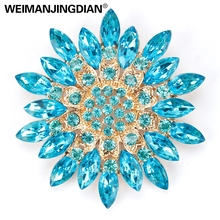 Beautiful Assorted Colors Crystal Daisy Flower Fashion Brooch Pins for Women(China)