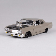 kids toys 1:24 Alloy Diecast Car Model 1:24 1965 Chevrolet Malibu SS Diecast Model Car Muscle Car modelo Brinquedos collection