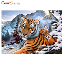 Full Rhinestones Diamond Painting Tiger Cross Stitch Home Decor Craft Arts 5D Diamond Embroidery Animal Stay with Winter Pattern