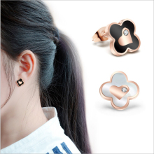 Rose gold four leaves flower peach heart with drill Earrings Fashion lucky grass shell earrings female women charm jewelry Gifts