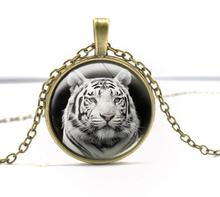 Vintage Silver Bronze Glass Cabochon Dome Animals Tigers Necklaces Pendant Collar Statement Choker Necklace Women Jewelry B159