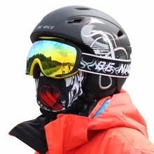 Skiing Helmet Autumn Winter Men Women Skating Snow Sports Safety Helmets with Adjustable Buckle Liner Cushion Layer