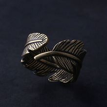 vintage feather Ring wholesale charms Antique couples Leaf Feather Ring Finger Ring Fashion Jewelry rings for women nj109(China)