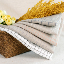 High quality 100% linen fabric plaid check style for garments curtain table cloth wholesale supplier for Spring DIY W302578
