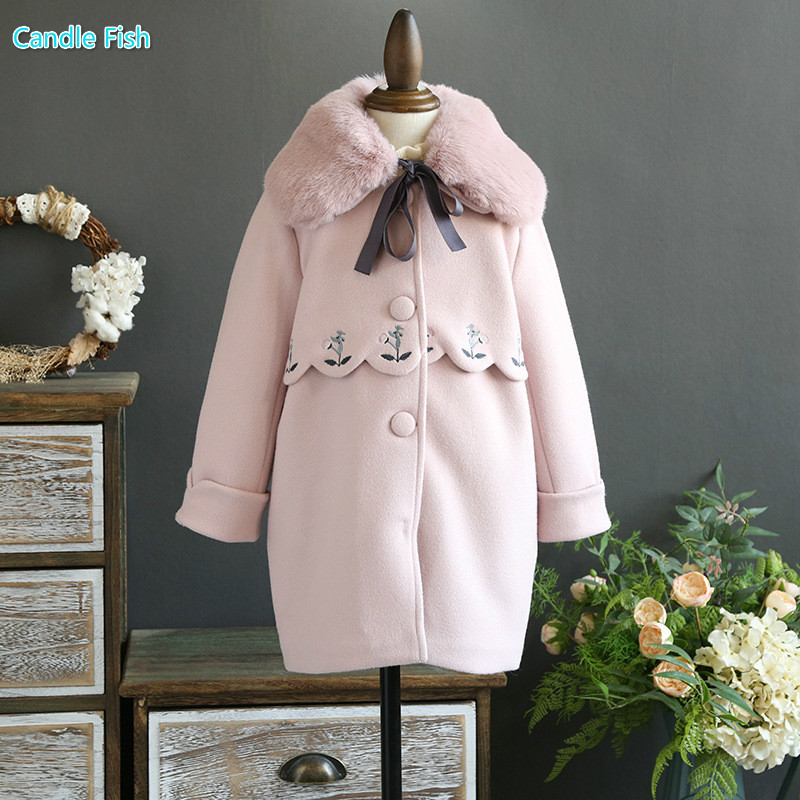 Childrens clothing 2017 autumn and winter new girl flower pattern woolen coat girl tweed jacket to send raccoon fur collar<br>