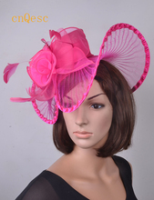 Hot pink fuchsia Ladies hat sinamay mini hat crin ascinator with veiling and feathers for Wedding Kentucky derby Races.(China)
