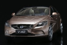 Diecast Car Model Volvo V40 1:18 (Gold) + SMALL GIFT!!!!!!!!!!!
