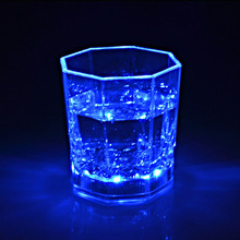 Colorful Flashing Led Light cup Magic water induction Plastic Transparent Cups Bar Club Wine Glass Drink Cup for Party Wedding
