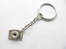2pcs / lot -Ancient Silver  Retro Camera Keychain,photographer Keychain, Camera Chain Keyring,photography Gifts