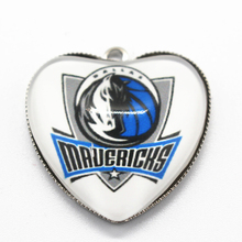 10pcs Heart Dallas mavericks Team Basketball Sports fan Dangle Charms Pendants DIY Jewelry Accessory Floating Hanging Charms
