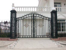Henchuang custom wrought iron gate or forged iron gate villa wrought iron gate