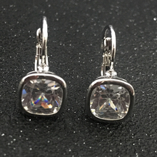 2017 New Gold Color Aaa Cubic Zircon Earrings Women Fashion Square Shaped Stud Earrings Party Jewelry Accessories Gift