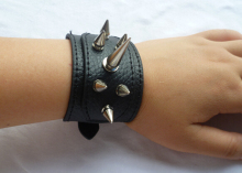 new arrive fashion cool design rivet leather punk bracelet /spike bracelet