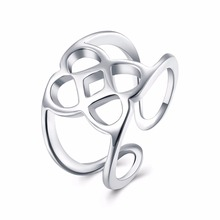The fashionable white ring ball simple jewelry gives the gift of my dowry free freight fast logistics