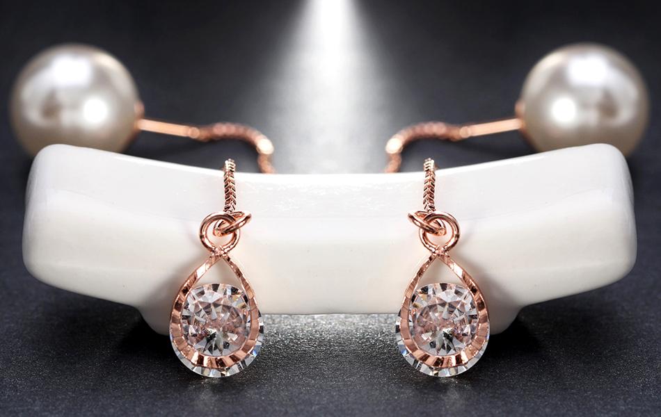 Effie Queen Fashion Cute Ear Wire Earrings Female Models Long Drop Crystal Imitation Pearl Jewelry Dangle Earrings Brincos DDE26 19