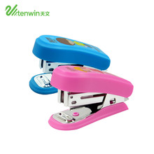 TENWIN Mini Manual Stapler Pink And BlueCute Student Stapler With Staples Suit Nail Tail 8181 For Children(China)