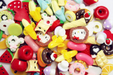 50pcs/lot mixed Resin kawaii Cartoon Ice Cream Cafe Cake Cookie Candy Bread fruit Charm Artificial Fake Food Cake Cabochons