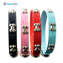 Gator Style Pu Leather Pet Product  Studded Bone Charms Pet Dog Puppy Cat Necklace Collar