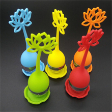 1pcs Silicone Lotus Shaped Stainless Steel Tea Infuser Teaspoon Loose Leaf Herb Strainer Filter(China)
