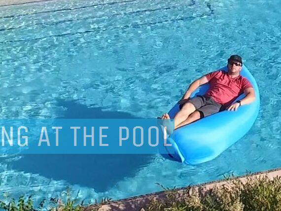 1pcs Cloudlounger надувной и портативный диван воздушного зала для кемпинга, пляжа, бассейна, пешего туризма, спортивных мероприятий детей