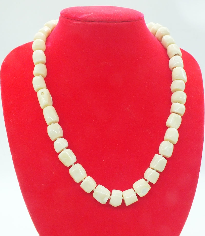 2019-13-1455#  Natural white coral necklace 20""