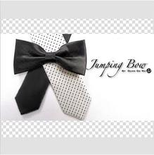 1set Moving Jumping Bow Tie close up magic trick props toys illusions Accessories mentalism mental magic