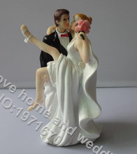 New Romantic European Style Wedding Cake Groom Hug Bride Topper Dolls Polyresin Home Decor Handcrafted Gift Marry Cake Accessory(China)