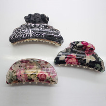 1PCS 8.5 cm women's flower printed acrylic hair claw clip fashion plastic aligator hair clips hair accessories wholesale(China)