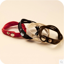 Free Shipping Korea Jewelry  4 Color White Black Red Brown Snap Fastener Leather Bangle Bracelet Fashion Style  For Women