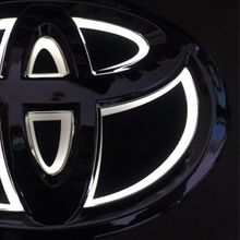 13*8.9cm 5D Car Emblem light Rear Badge Sticker light LED light Original emblem Chrome badge For Toyota New yaris hiace camry